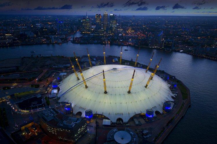 O2 climb - London date ideas