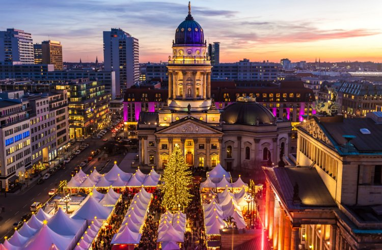 Gendarmenplatz Christmas Market things to do in Berlin