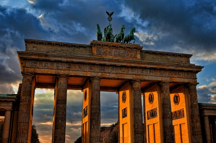 Brandenburg Gate things to do in Berlin