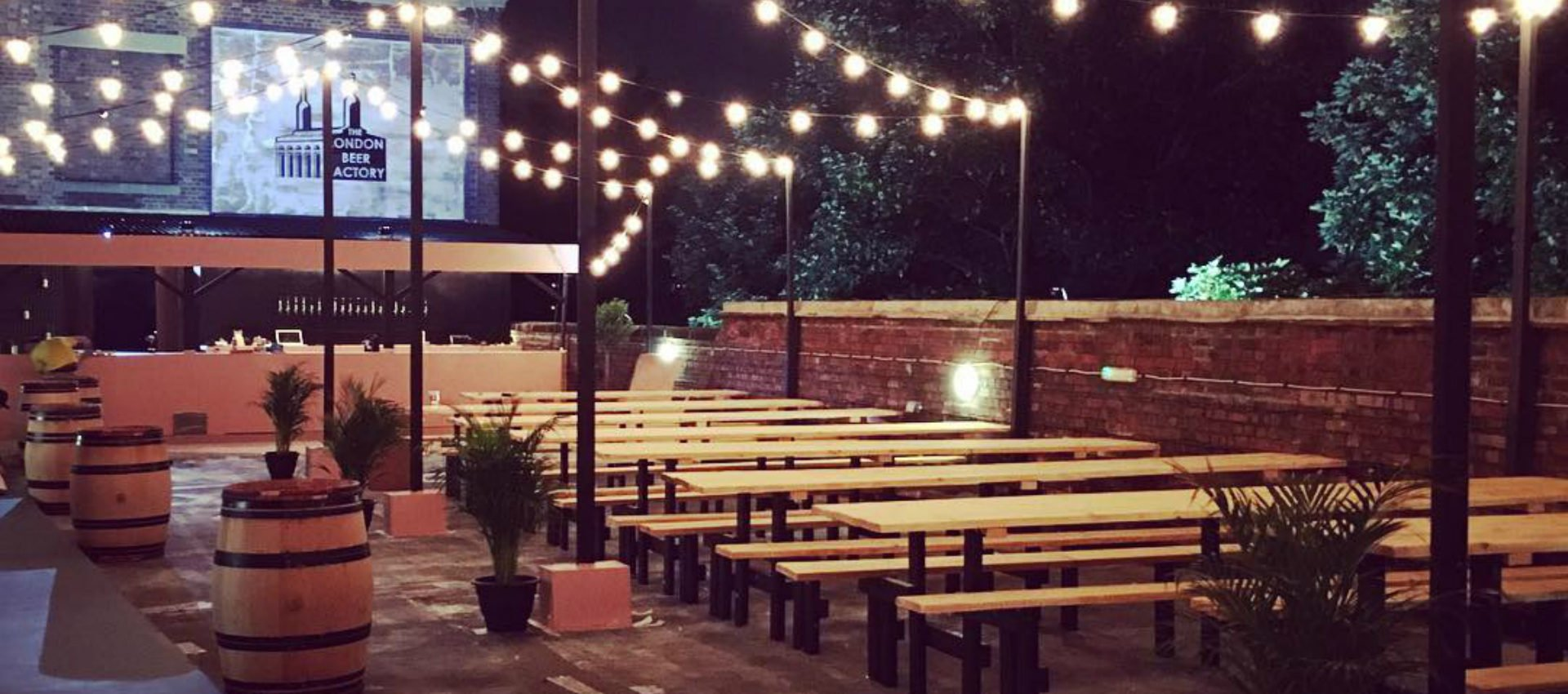 the bussey beer garden a rooftop beer paradise from a brewery. Black Bedroom Furniture Sets. Home Design Ideas