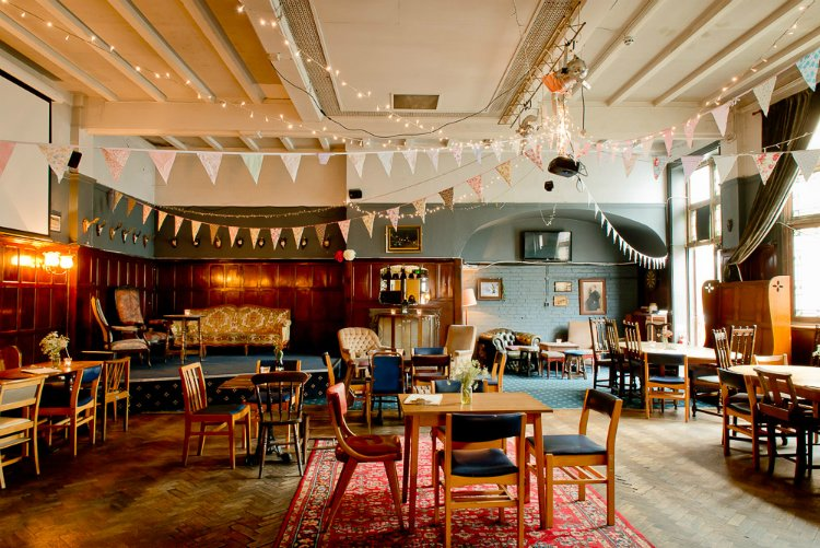 Antelope Pub - the best London pubs with open fires