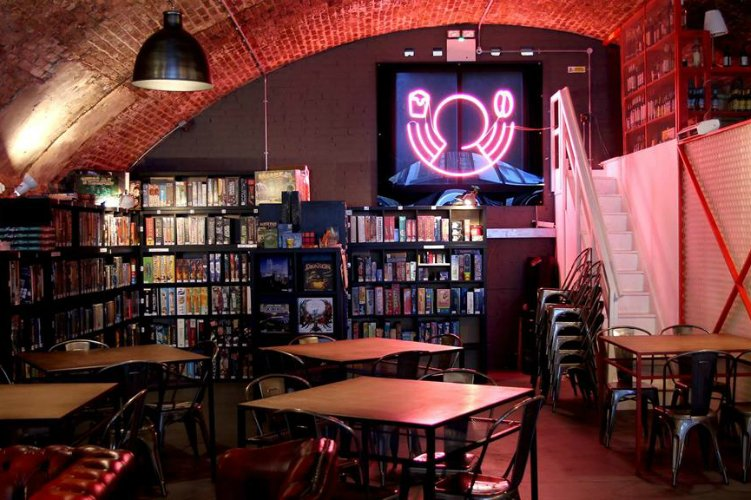 Draughts - 100 London Date Ideas