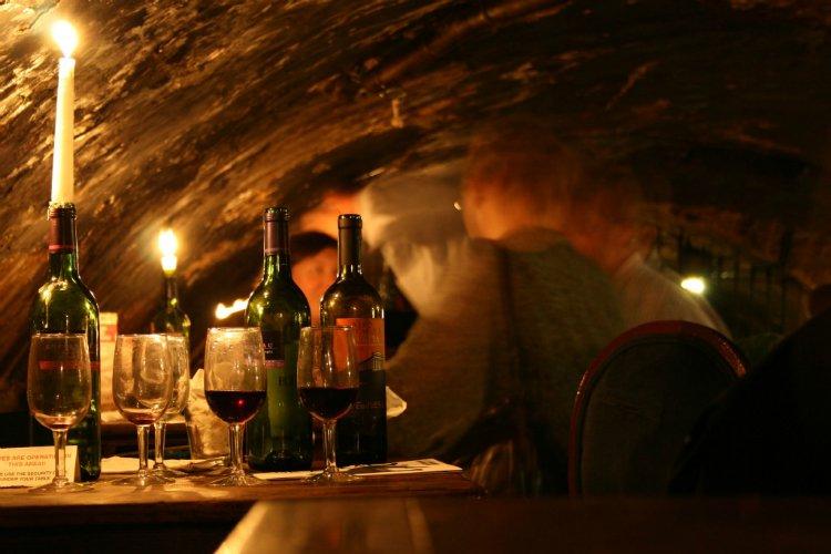 Gordons Wine bar - 100 London Date Ideas