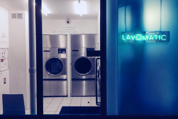 Lavomatic - hidden bars in Paris