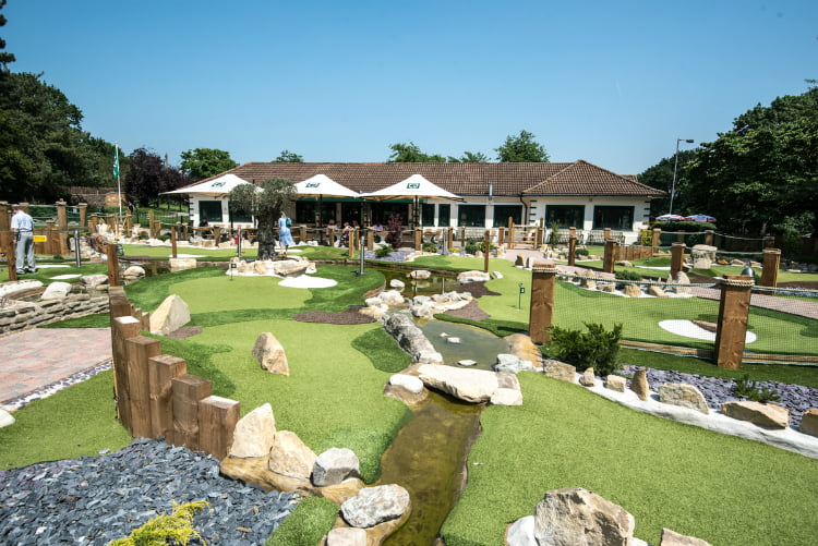 Putt in the Park Acton - crazy golf London