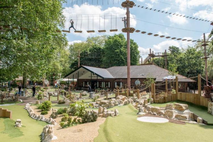 Putt In The Park Battersea - crazy golf London