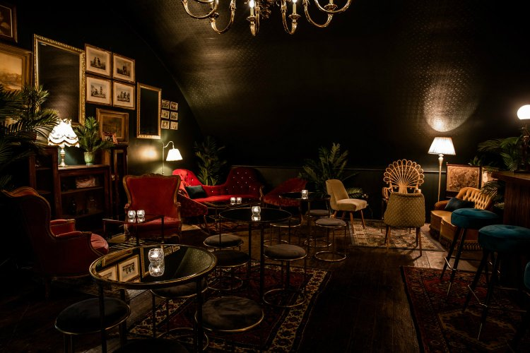 Casa do Frango Green Room Speakeasy London