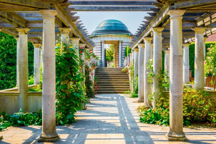 Hampstead Pergola - free things to do in London