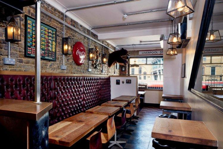 24 Hour Restaurants London Polo Bar