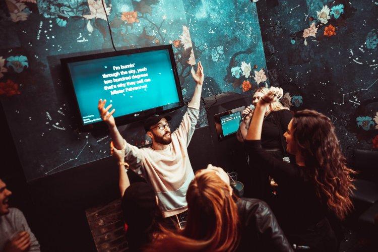 Star of Bethnal Green karaoke bar London