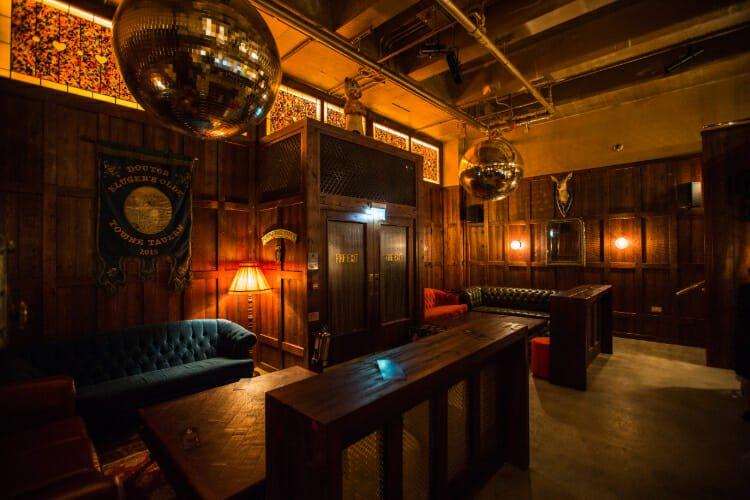 Dr. Kluger's Olde Town Tavern