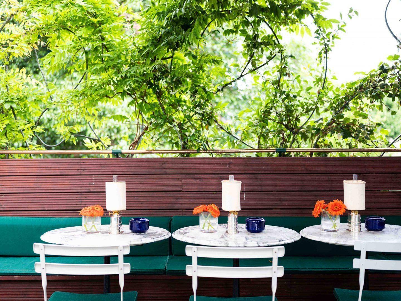 Casa Cruz outdoor eating