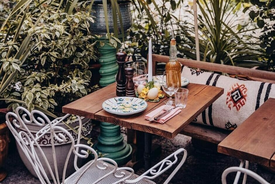 Circolo Popolare eat outside