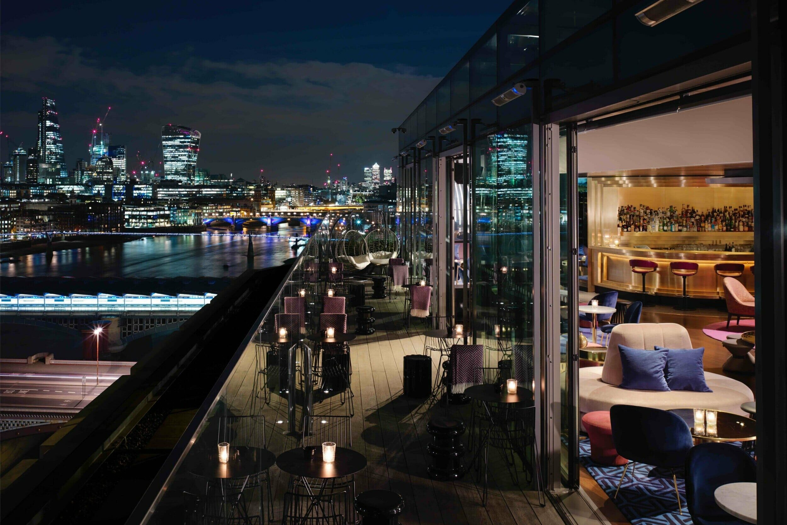 12th knot rooftop bar