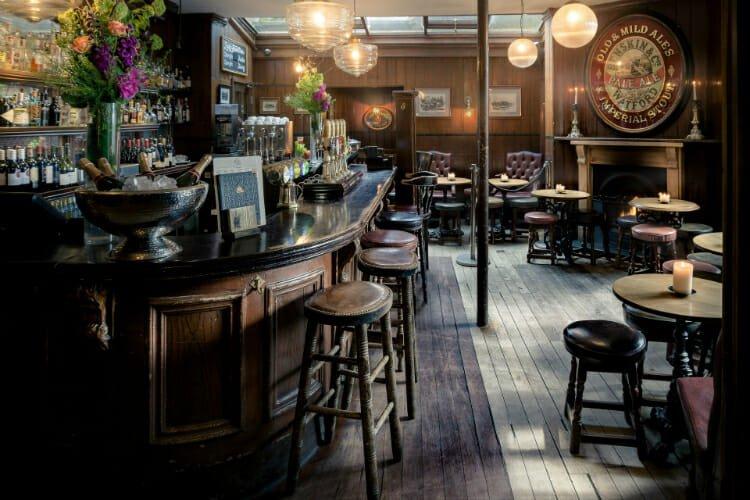 Hollybush hampstead heath pub
