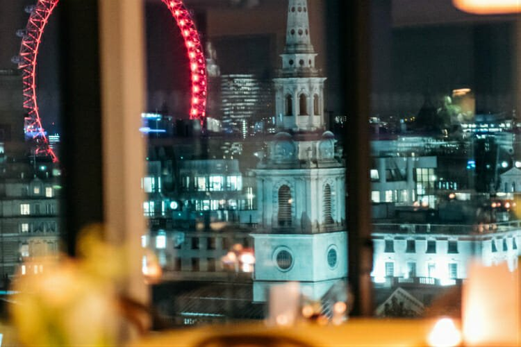 Garden room restaurants with a view