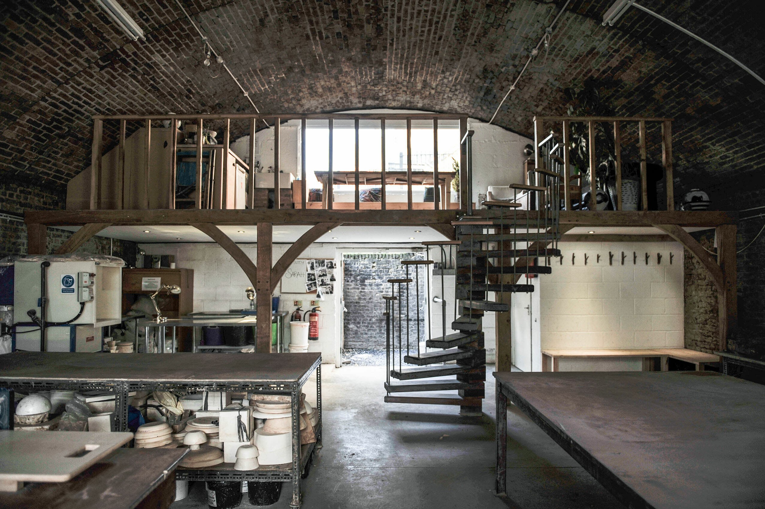 Turning Earth pottery studio London