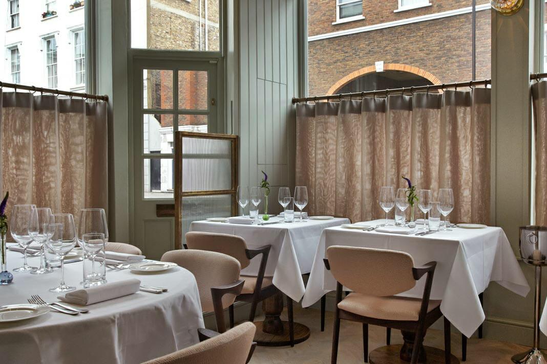 Romantic restaurants: 104 restaurant