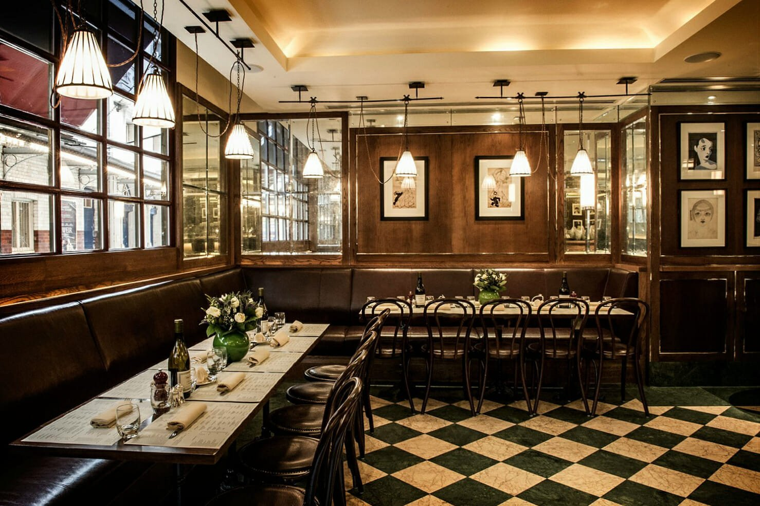 Romantic restaurants: J Sheekey