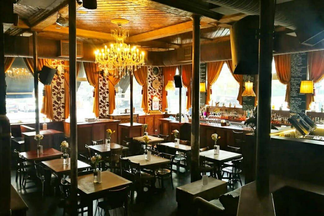 Lexington Angel pub