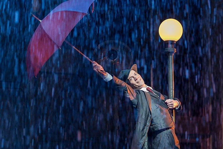 singin in the rain london musicals